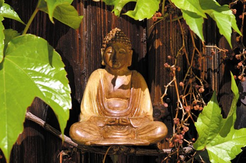 Buddha aus Holz, 20 cm