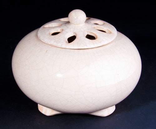Mandira - Tongefäß mit Weißcraquelée