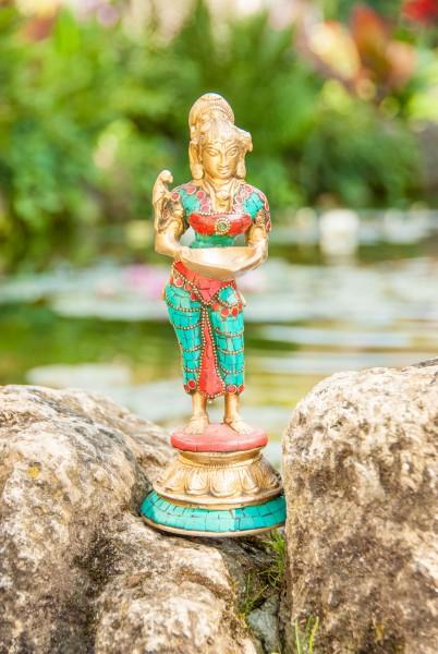 Lakshmi, stehend, 24 cm