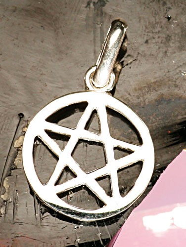 Pentagramm mit Rand Anhänger, klein