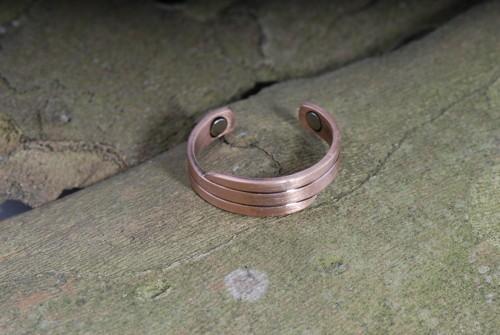 Elegance- Magnet-Ring aus Kupfer