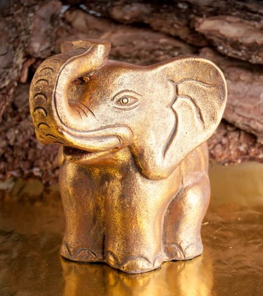 Elefant aus Terracotta