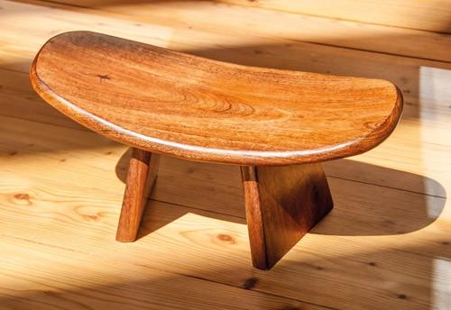 Meditationshocker aus Holz