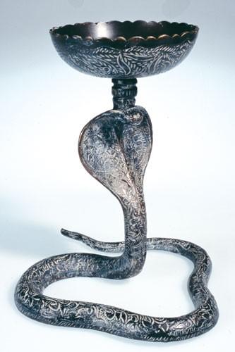 Kobra - Räuchergefäß, Messing graviert